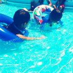 プールで大はしゃぎ♪